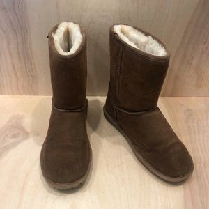 Bearpaw Classic Soft Suede Boots